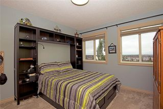 Photo 32: 96 WESTMOUNT Road: Okotoks Detached for sale : MLS®# C4254506