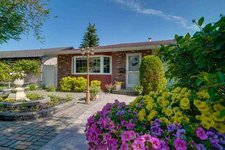 Photo 2: 16502 105A Avenue in Edmonton: Zone 21 House for sale : MLS®# E4163538