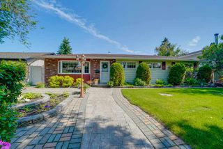 Photo 1: 16502 105A Avenue in Edmonton: Zone 21 House for sale : MLS®# E4163538