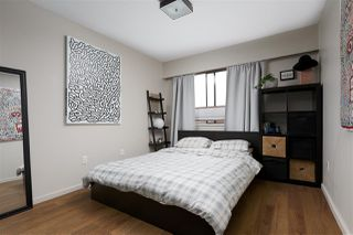 "Photo 11: 307 2330 MAPLE Street in Vancouver: Kitsilano Condo for sale in ""Maple Gardens"" (Vancouver West)  : MLS®# R2385940"