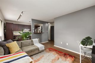 "Photo 1: 307 2330 MAPLE Street in Vancouver: Kitsilano Condo for sale in ""Maple Gardens"" (Vancouver West)  : MLS®# R2385940"