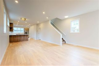 Photo 3: 11708 110A Avenue in Edmonton: Zone 08 House for sale : MLS®# E4169382