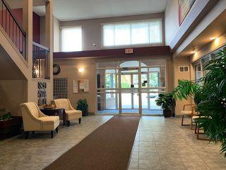 Photo 3: 112 15503 106 Street in Edmonton: Zone 27 Condo for sale : MLS®# E4177970