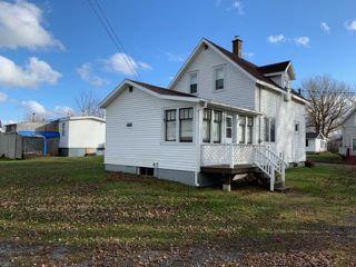 Photo 3: 45 Queen Street in Pugwash: 102N-North Of Hwy 104 Residential for sale (Northern Region)  : MLS®# 201926283