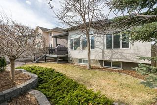 Photo 34: 129 SIMCOE Crescent SW in Calgary: Signal Hill Detached for sale : MLS®# C4286636