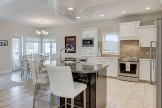 Photo 7: 129 SIMCOE Crescent SW in Calgary: Signal Hill Detached for sale : MLS®# C4286636