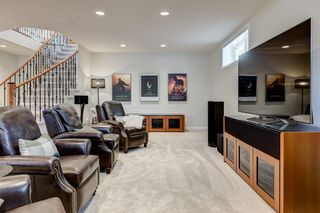 Photo 22: 129 SIMCOE Crescent SW in Calgary: Signal Hill Detached for sale : MLS®# C4286636