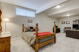 Photo 25: 129 SIMCOE Crescent SW in Calgary: Signal Hill Detached for sale : MLS®# C4286636