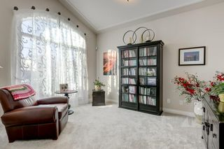 Photo 4: 129 SIMCOE Crescent SW in Calgary: Signal Hill Detached for sale : MLS®# C4286636