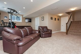 Photo 40: 4376 MCCLUNG Crescent in Edmonton: Zone 14 House for sale : MLS®# E4188521