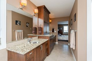 Photo 31: 4376 MCCLUNG Crescent in Edmonton: Zone 14 House for sale : MLS®# E4188521
