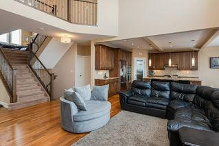 Photo 7: 4376 MCCLUNG Crescent in Edmonton: Zone 14 House for sale : MLS®# E4188521