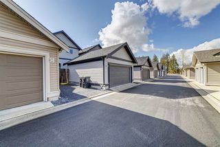 """Photo 24: 20383 83B Avenue in Langley: Willoughby Heights House for sale in """"Willoughby West by Foxridge"""" : MLS®# R2456376"""