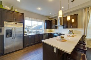 """Photo 3: 20383 83B Avenue in Langley: Willoughby Heights House for sale in """"Willoughby West by Foxridge"""" : MLS®# R2456376"""