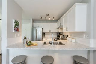 "Photo 10: 205 1369 GEORGE Street: White Rock Condo for sale in ""Cameo Terrace"" (South Surrey White Rock)  : MLS®# R2458230"