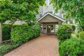 "Photo 2: 205 1369 GEORGE Street: White Rock Condo for sale in ""Cameo Terrace"" (South Surrey White Rock)  : MLS®# R2458230"