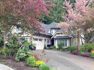 Photo 1: 1740 CASCADE COURT in North Vancouver: Indian River House for sale : MLS®# R2459589