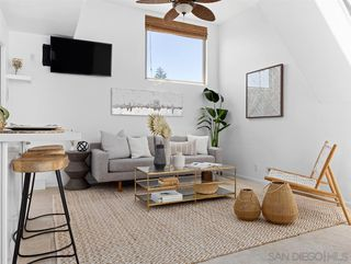 Photo 4: MISSION BEACH Townhome for sale : 3 bedrooms : 826 Ensenada in San Diego
