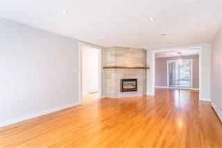 Photo 3: 2269 E 40TH Avenue in Vancouver: Victoria VE House for sale (Vancouver East)  : MLS®# R2475133