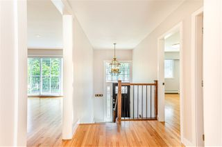 Photo 2: 2269 E 40TH Avenue in Vancouver: Victoria VE House for sale (Vancouver East)  : MLS®# R2475133
