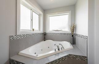 Photo 32: 1448 HAYS Way in Edmonton: Zone 58 House for sale : MLS®# E4207669