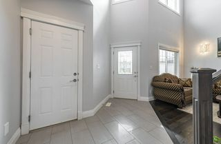 Photo 3: 1448 HAYS Way in Edmonton: Zone 58 House for sale : MLS®# E4207669