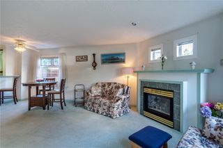 Photo 5: 101 1083 Tillicum Rd in : Es Kinsmen Park Condo for sale (Esquimalt)  : MLS®# 854172