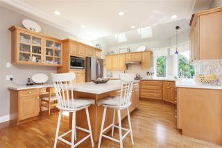 """Photo 5: 2315 140A Street in Surrey: Sunnyside Park Surrey House for sale in """"Forest Edge"""" (South Surrey White Rock)  : MLS®# R2491713"""