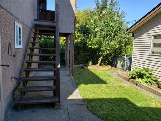 Photo 4: 530 KASLO Street in Vancouver: Renfrew VE House for sale (Vancouver East)  : MLS®# R2496454
