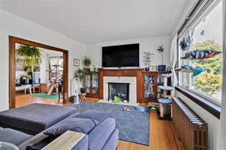 Photo 2: 5115 CHESTER Street in Vancouver: Fraser VE House for sale (Vancouver East)  : MLS®# R2498045