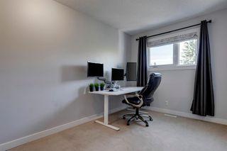 Photo 13: 3735 42 Street SW in Calgary: Glenbrook Semi Detached for sale : MLS®# A1038349