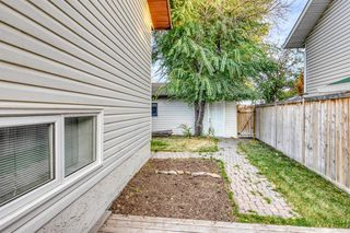 Photo 4: 131 Silvergrove Place NW in Calgary: Silver Springs Detached for sale : MLS®# A1040337
