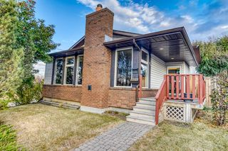 Photo 2: 131 Silvergrove Place NW in Calgary: Silver Springs Detached for sale : MLS®# A1040337