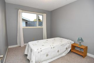 Photo 18: 131 Silvergrove Place NW in Calgary: Silver Springs Detached for sale : MLS®# A1040337