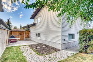 Photo 6: 131 Silvergrove Place NW in Calgary: Silver Springs Detached for sale : MLS®# A1040337