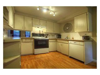 Photo 3: 10 6871 FRANCIS Road in Richmond: Woodwards Townhouse for sale : MLS®# V923087