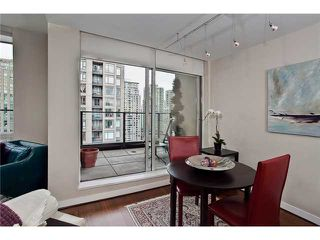 Photo 3: 1904 1055 HOMER Street in Vancouver: Yaletown Condo for sale (Vancouver West)  : MLS®# V971039