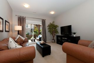Photo 8: 121 2000 Panorama Drive in Port Moody: Heritage Woods PM Townhouse for sale : MLS®# V910387