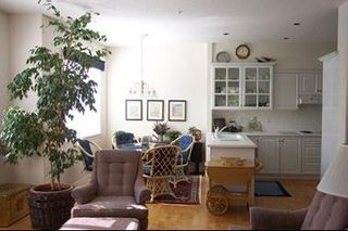 Photo 3: 31 5650 Hampton Place in University: Home for sale