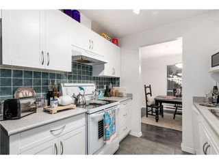 "Photo 6: 207 1738 ALBERNI Street in Vancouver: West End VW Condo for sale in ""ATRIUM ON THE PARK"" (Vancouver West)  : MLS®# V1102014"