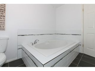 Photo 9: 12115 ROTHSAY Street in Maple Ridge: Northeast House for sale : MLS®# V1107301