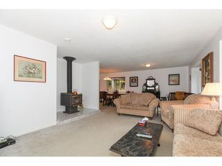 Photo 6: 12115 ROTHSAY Street in Maple Ridge: Northeast House for sale : MLS®# V1107301