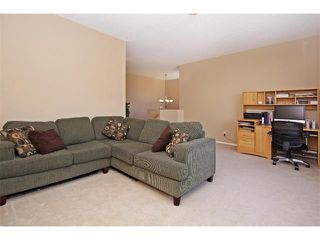 Photo 13: 51 CHAPMAN Circle SE in Calgary: Chaparral House for sale : MLS®# C4011695