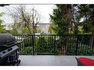 "Photo 12: 207 288 E 14TH Avenue in Vancouver: Mount Pleasant VE Condo for sale in ""Villa Sophia"" (Vancouver East)  : MLS®# V1123603"