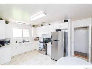 Photo 5: 586 Oakland Avenue in WINNIPEG: North Kildonan Residential for sale (North East Winnipeg)  : MLS®# 1517789