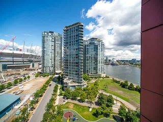 "Photo 17: 1205 980 COOPERAGE Way in Vancouver: Yaletown Condo for sale in ""Cooper's Pointe"" (Vancouver West)  : MLS®# V1131591"
