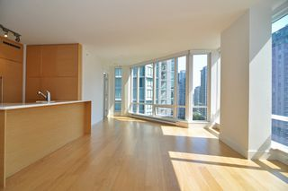 "Photo 5: 1601 565 SMITHE Street in Vancouver: Downtown VW Condo for sale in ""VITA"" (Vancouver West)  : MLS®# R2013406"