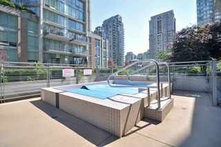 "Photo 19: 1601 565 SMITHE Street in Vancouver: Downtown VW Condo for sale in ""VITA"" (Vancouver West)  : MLS®# R2013406"
