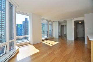 "Photo 9: 1601 565 SMITHE Street in Vancouver: Downtown VW Condo for sale in ""VITA"" (Vancouver West)  : MLS®# R2013406"