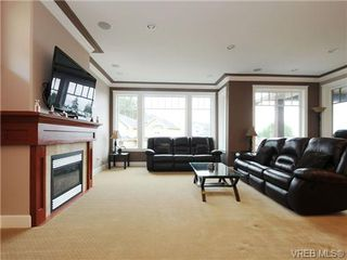 Photo 3: 2267 Players Drive in VICTORIA: La Bear Mountain Single Family Detached for sale (Langford)  : MLS®# 359410